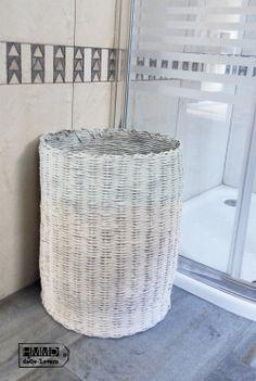 Cómo renovar un cesto by HMMD, Handmademaniadecor. DIY pintar con spray un cesto para ropa sucia. Modernizar un cesto viejo. How to renovate...