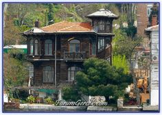 Beautiful Homes, Beautiful Places, Waterfront Homes, Istanbul Turkey, Art And Architecture, Old Houses, Planet Earth, Explore, Mansions