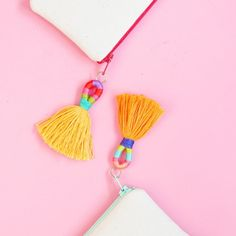 Super easy. Super cheap. Majorly cute. Learn how to make these tassels with just a few dollars worth of embroidery floss!