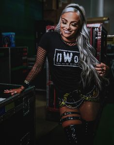 Wrestling Outfits, Wwe Outfits, Wrestling Divas, Women's Wrestling, Wwe Female Wrestlers, Wwe Girls, Wwe Tna, Me As A Girlfriend, Raw Women's Champion