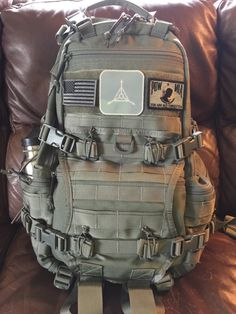 Mochila Edc, Steampunk Weapons, Plate Carrier, Tactical Backpack, Fire Powers, Survival Stuff, Outdoor Camping, Bushcraft, Target