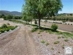 14 ACRE VIEW PROPERTY IN HEART OF HORSE & WINE COUNTRY