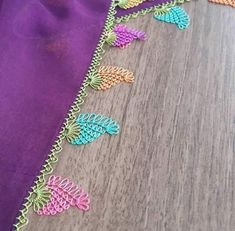 39 Neueste Purple Needlework-Modelle – New Ideas Crochet Unique, Free Crochet, Crochet Hats, Diy Embroidery Shirt, Hand Embroidery, Crochet Headband Pattern, Yarn Crafts, Diy And Crafts, Crochet Edgings