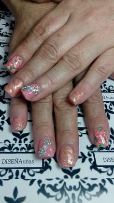 Diseña uñas (con estilo)