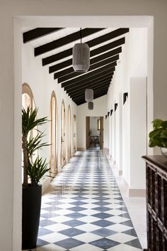 Post Hurricane Maria, Champalimaud Restores a Historic Home in Puerto Rico - Design Milk A verdant, square foot villa, Su Casa, with a keen aviation past succumbed to the 2017 hurricane; then Champalimaud brought it back to life. Porto Rico, Interior Architecture, Interior And Exterior, Interior Design, Classical Architecture, Rico Design, Luxury Holidays, Spanish Style, Spanish Revival