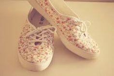 floral shoes!