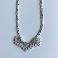 NWT faux stone fan pendant statement necklace Brand new Jewelry Necklaces