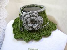 Knit Crochet Scarf Neck Warmer Collar green with flower Victorian Steam punk