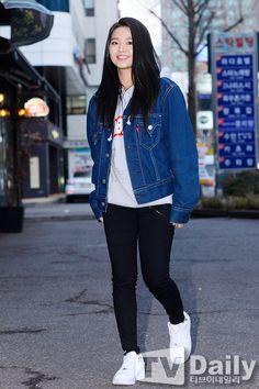 Z.Hera Z Hera, Moorim School, Moon Lovers, Korean Actors, Asian Girl, Bomber Jacket, Actresses, Denim, Celebrities