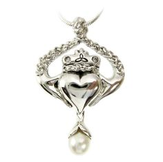 Claddagh Necklace - I love this