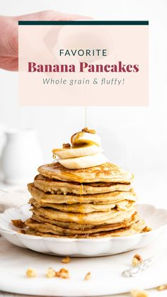 These are seriously the best banana pancakes on the internet! Made with whole grain flour, ripe bananas, and coconut oil, this healthy banana pancake recipe is the perfect weekend breakfast. #easyrecipe Healthy Waffles, Healthy Banana Bread, Healthy Breakfast Smoothies, Vegetarian Breakfast, Vegetarian Recipes Easy, Healthy Breakfast Recipes, Healthy Eating, Healthy Recipes, Pumpkin Waffles