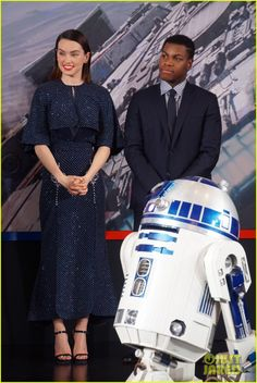 Daisy Ridley & John Boyega Continue 'Star Wars' Press in China!: Photo #3539030. Daisy Ridley and John Boyega wave to the crowd while attending the Star Wars: The Force Awakens press conference on Monday (December 28) in Shanghai, China.    The…