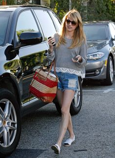 Emma Roberts' lace-trim tee is comfy AND cute!