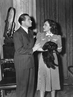 Bob Hope and Paulette Goddard in The Cat and the Canary (1939)