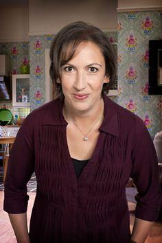 Miranda Hart: Morecambe And Wise Inspired My Sitcom British Sitcoms, British Comedy, British Humour, Miranda Hart Quotes, Uk Tv Shows, Morecambe, Call The Midwife, Comedy Series, Comedians