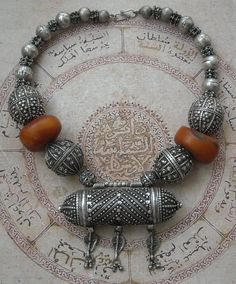 Necklace from Yemen of silver and amber.