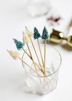 holiday diy: christmas tree drink stirrers