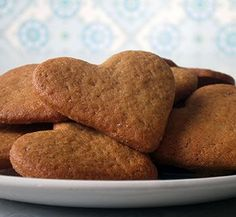 Old-fashioned soetkoekies (traditional South African spice biscuits) Coffee Cookies, Spice Cookies, Old Fashioned Biscuit Recipe, African Spices, Delicious Desserts, Dessert Recipes, Sweet Wine, South African Recipes, Confectionery