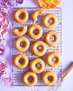 Maailman Paras Porkkanakakku | Annin Uunissa Doughnut, Geisha, Desserts, Food, Bebe, Tailgate Desserts, Deserts, Essen, Postres