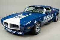 Looking for the Pontiac Firebird of your dreams? There are currently 3 Pontiac Firebird cars as well as thousands of other iconic classic and collectors cars for sale on Classic Driver. Muscle Cars Vintage, Vintage Racing, Vintage Cars, Pontiac Firebird For Sale, Ford Mustang, Mustang Cars, Hot Wheels, Pontiac Cars, Sweet Cars