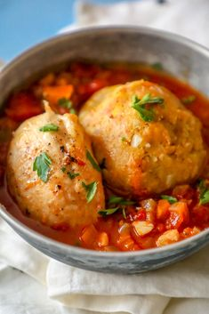 Easy chicken mofongo recipe - this delicious mofongo and chicken with creole sauce is a nod to Puerto Rico's famous dish. So easy and bursting with flavor! Chicken Mofongo Recipe, Ground Chicken Recipes, Chicken Wing Recipes, Gourmet Recipes, Cooking Recipes, Healthy Recipes, Caribbean Recipes, Caribbean Food, Kitchens