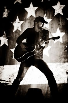 Love this picture! Eric Church!
