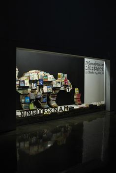 pop up book store