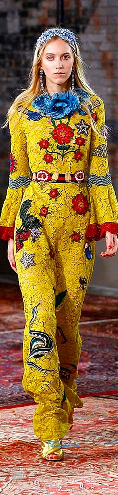 Gucci Resort 2016 Chelsea Pinterest — Très Haute Diva interesting outfit. I must take a class in haute couture appreciation!