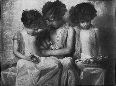 Τα αδέρφια Κουμαντάρου,Αθήνα γύρω στα 1927. Old Photos, Black And White, Painting, Art, Old Pictures, Art Background, Black N White, Vintage Photos, Black White