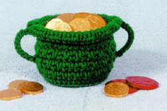 Pot of gold - free crochet pattern