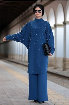 Abaya Mode, Mode Hijab, Islamic Fashion, Muslim Fashion, Turban Mode, Hijab Stile, Muslim Dress, Turban Style, Mode Editorials