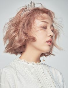 Baek Ah Yeon - Ceci Magazine July Issue K Pop, Baek A Yeon, Oh Yeon Seo, Short Hair Model, K Beauty, Korean Music, Female Singers, Short Hairstyles For Women, Korean Singer