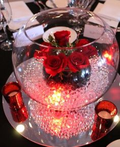Sweet 16 Centerpieces, Floating Candle Centerpieces, Wedding Table Centerpieces, Flower Centerpieces, Red Wedding Decorations, Quince Decorations, Red Silver Wedding, Red And White Weddings, Quinceanera Centerpieces