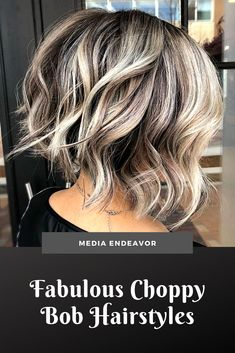 Choppiness enhances texture, and a textured cut is the easiest way to add interest points to your hairstyles for a short Shaggy Bob Haircut, Choppy Bob Hairstyles, Long Bob Haircuts, Baddie Hairstyles, Medium Hair Cuts, Medium Hair Styles, Modern Bob Hairstyles, Curly Hair Styles, Hair Styles For Women Over 50