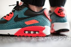 NIKE AIR MAX 90 – DUSTY CACTUS SNAKESKIN