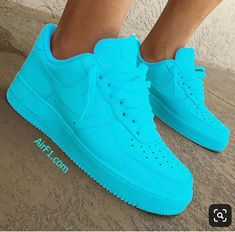 Styles and block sneakers, seek our assortment of fashionable streetwear footwear and tennis shoes. Sneakers Mode, Cute Sneakers, Sneakers Fashion, Shoes Sneakers, Sneakers Adidas, Vans Shoes, Sneakers Workout, Red Nike Shoes, Dsw Shoes