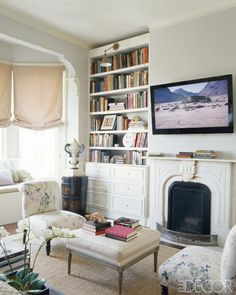 haden fireplace seating area.  Gorg