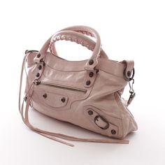 Luxuriöse Handtasche von Balenciaga in Rosa - feminin und stylisch