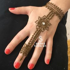 Henna for kids hands! 💕 ———————————————————————— For rates and availability contact us a Mehandi Designs For Kids, Modern Mehndi Designs, Mehndi Designs For Fingers, Henna Designs, Paper Flower Decor, Flower Decorations, Henna Art, Hand Henna, Mehndi Images