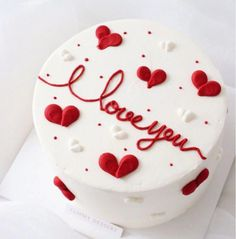 Newest Pic fruit cake wedding Suggestions - yummy cake recipes Valentines Cakes And Cupcakes, Valentine Desserts, Valentine Cake, Cupcake Cakes, Pretty Cakes, Cute Cakes, Beautiful Cakes, Yummy Cakes, Rodjendanske Torte