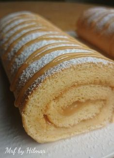de gitano con dulce de leche - Mis recetas favoritas by Hilmar Authentic Mexican Recipes, Mexican Food Recipes, Sweet Recipes, Pan Dulce, My Favorite Food, Favorite Recipes, Cake Roll Recipes, Chilean Recipes, Biscuits