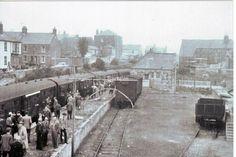 EASTON STATION, PORTLAND, DORSET.  8.7.1956 Portland Dorset, Weymouth Dorset, Visit Portland, British Rail, Old Pictures, Worlds Largest, Abandoned, Trains, Britain