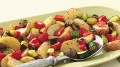 Oven-Roasted Potatoes Quickly toss potatoes, mushrooms and zucchini in seasoned oil and bake for a side dish. Side Dish Recipes, Vegetable Recipes, Vegetarian Recipes, Cooking Recipes, Healthy Recipes, Potato Recipes, Healthy Eats, Free Recipes, Vegetable Ideas