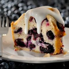 Amazingly Moist Blueberry Cake; love the dripping w/frosting idea!