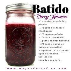 DÍA 5 del #retobatidos   · 1/2- 1 remolacha (betabel), pelada, picada, cruda  · 1/2 taza de fresas o frambuesas  · 1/2 pepino, pelado  · 1/2 cdta. de canela  · 1 pizca de nuez moscada  · 3/4 taza de agua de jamaica o jugo de naranja  · Stevia o miel para endulzar  opcional: si no tienes agua de jamaica, utiliza una taza de agua pura.  Licuar el agua de jamaica con la remolacha hasta que esté cremoso. Agrega las fresas, pepino, canela y nuez moscada y termina de licuar. Sirve inmediatamente.