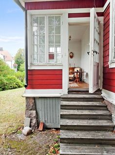 Swedish Cottage, Red Cottage, Swedish House, Cottage Chic, Entrada Frontal, Sas Entree, Red Houses, House Extensions, My House