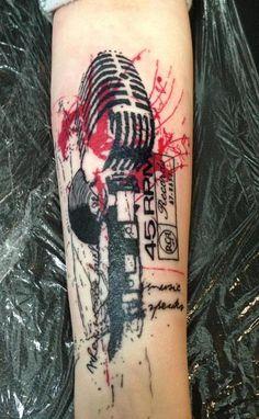 Paul Talbot at Cystom Colour Tattoo Studio