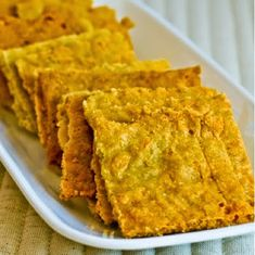 Low Carb Recipes: Cheesy Almond Crackers!