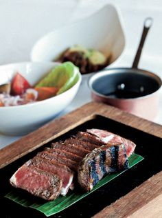 Any idea why we've added #Barcelona to our #foodie's travel bucket list? #dinner #steak #Spain