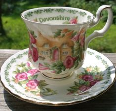 Antique China Dishes, English Country Cottages, Vintage Tea Parties, Bone China Dinnerware, China Cups And Saucers, Bone China Tea Cups, Royal Albert, Tea Cup Saucer, Tea Party